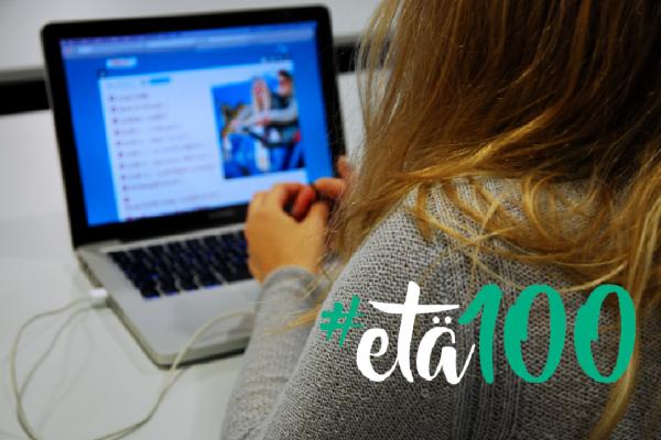 Ihminen tietokoneen ääressä, #etä100