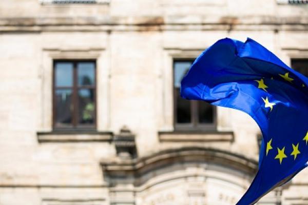 EU-lippu. Kuva Markus Spiske.