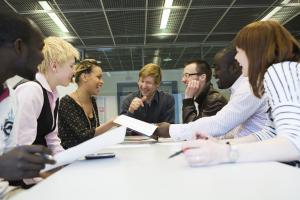 Valtakunnallinen tutoropettajapäivä kokoaa 600 tutoropettajaa Hämeenlinnan Aulangolle