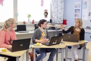 Tuore selvitys: Opettajat toivovat jatkoa tutoropettajatoiminnalle