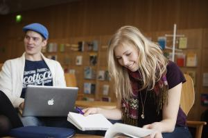 Reilut 200 ulkomaista opiskelijaa tulee kesällä Suomeen opiskelemaan suomen kieltä