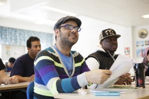 Osaamisella työhön - yksilölliset ura- ja opintopolut maahanmuuttajan näkökulmasta