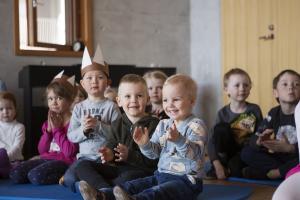 Vardaan kootaan kattavasti tietoa varhaiskasvatuksen toiminnasta – huoltajat voivat katsella lapsensa tietoja syyskuun alusta