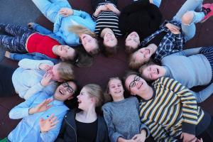 Erasmus+ -ohjelman budjetti lähes kaksinkertaistuu uudella ohjelmakaudella – yhä useammalle mahdollisuus kouluttautumiseen, vaihto-opiskeluun tai työharjoitteluun ulkomailla