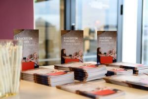Koulutusvientiä koskeva tutkimus- ja selvityskirjallisuus koottu yhteen katsaukseen