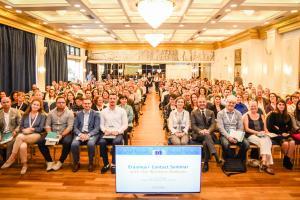 Koulutusyhteistyötä Länsi-Balkanilla:   komissio panostaa monelta rintamalta