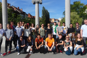 LOPS2021-aineryhmäkoulutus: kieli, taide ja kulttuuri