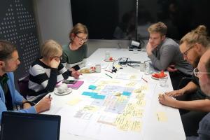 Ammatillinen koulutus suuntaa eteenpäin - jatkuvaa oppimista ja monialaisuutta