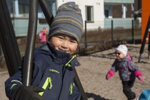 THL on täsmentänyt suositusta lieväoireisten lasten koronatestauksesta