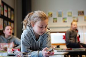 Uudet lukutaidot -ohjelmassa laaditaan kuvaukset digitaitojen opettamisen tueksi